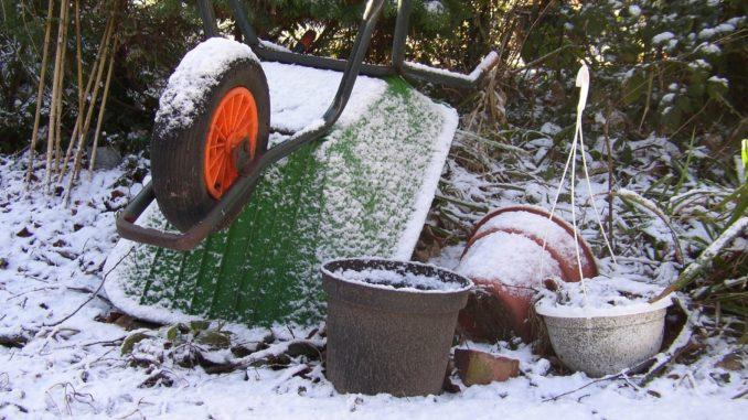 Schnee Gartengeräte